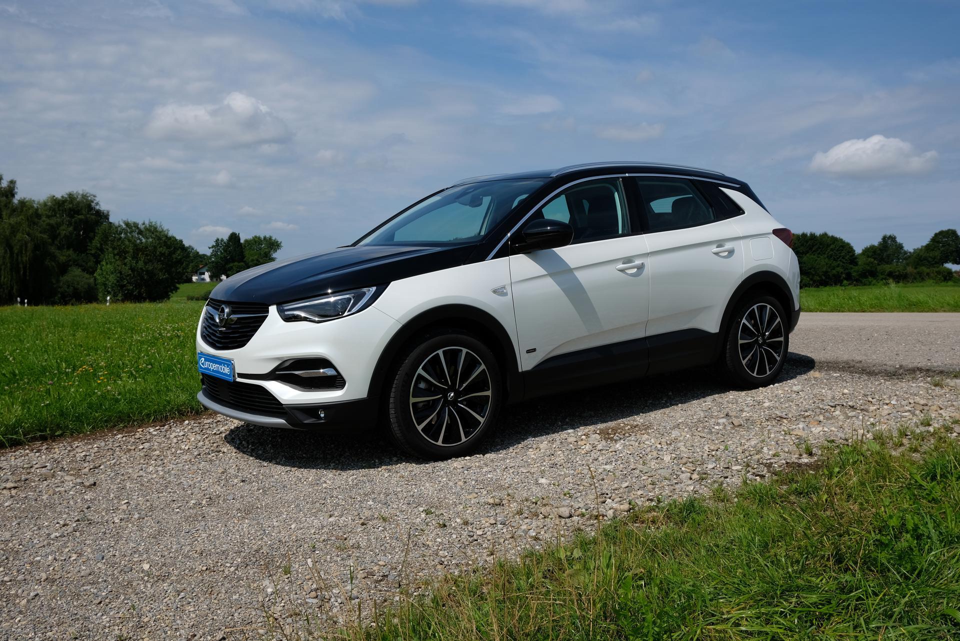 Opel Grandland X Fahrerseite
