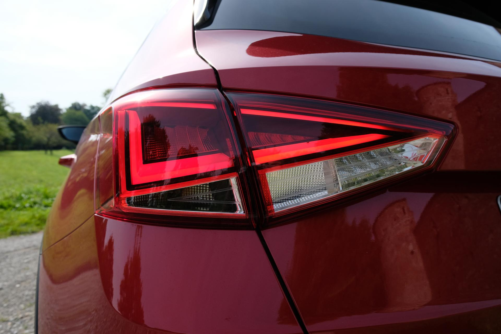Facelift: SEAT Arona 1.0 TGI Rückleuchte