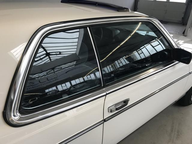 Mercedes-Benz 230 CE unrestaurierter Originalzustand !!!