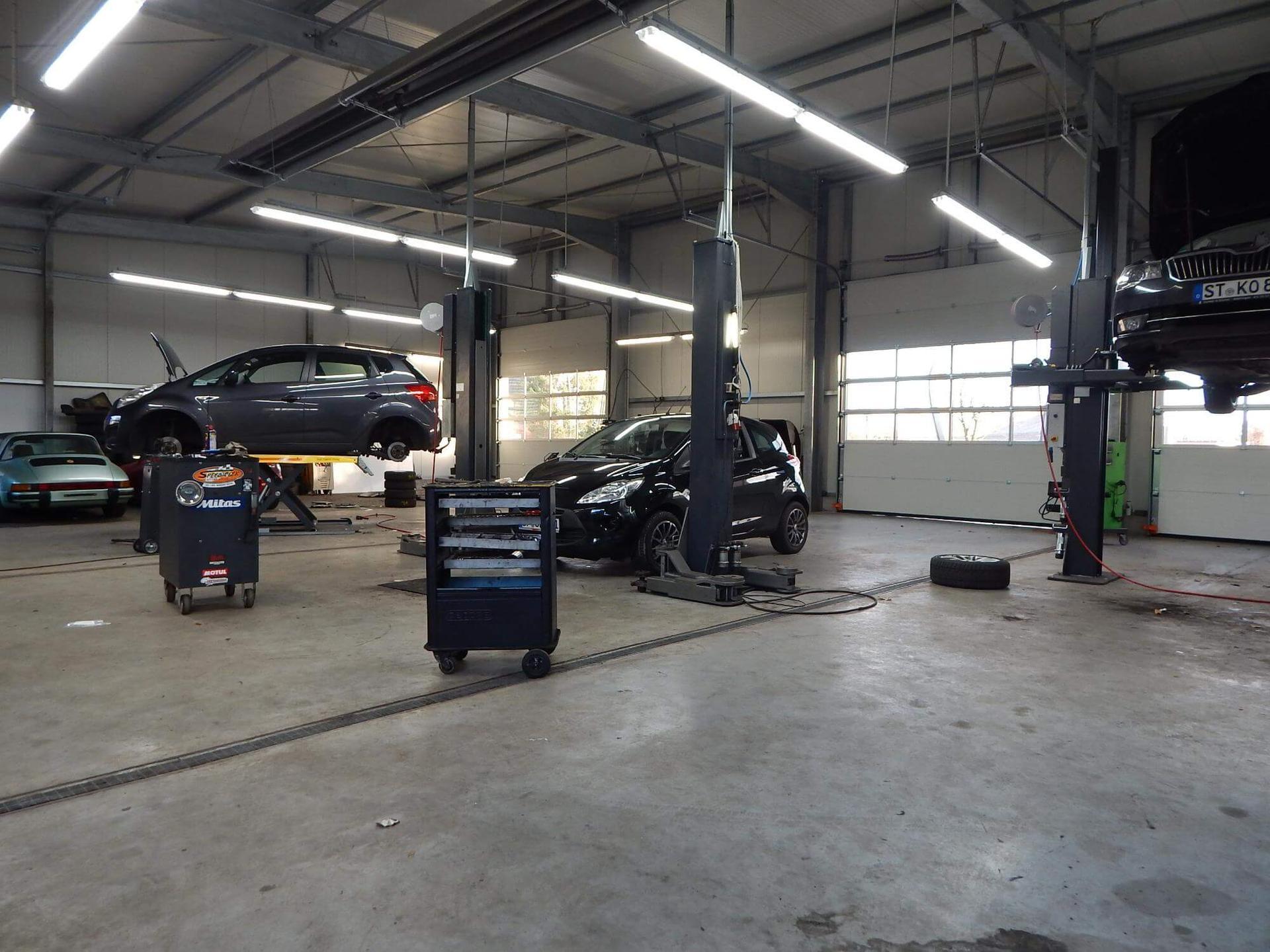 Autohaus Denker & Brünen GbR - KFZ-Werkstatt 1a autoservice und Fahrzeughandel - Neufahrzeuge Schnäppchen mit Rabatt