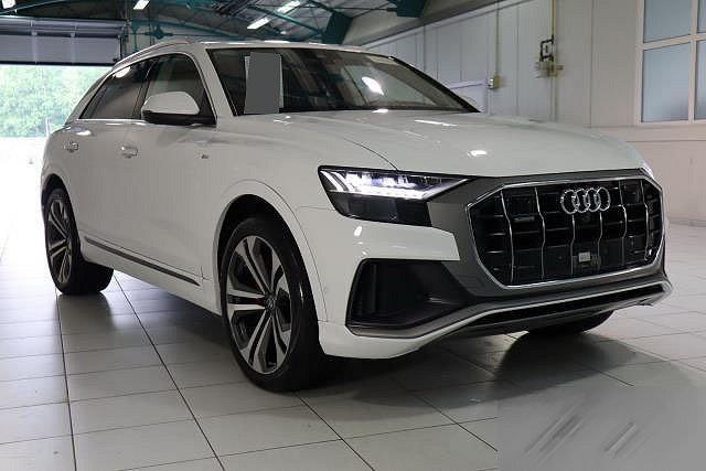 Audi Q8 - 50 TDI TIPTR. QUATTRO HD-MATRIX-LED PANO AHK NAVI S-LINE M22