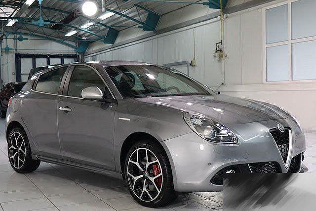 Alfa Romeo Giulietta - 2,0 JTDM 16V LUSSO TCT