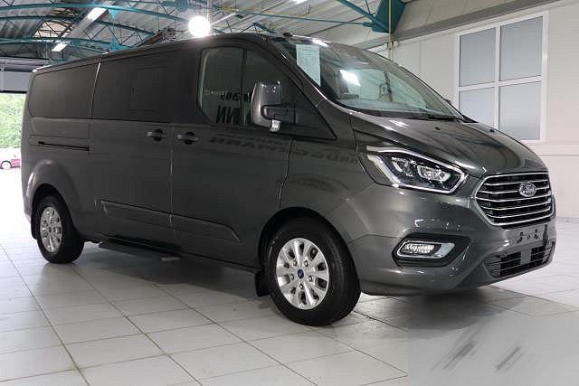 Ford Tourneo Custom - 2,0 TDCI AUTO. BUS 320 L2H1 VA TITANIUM 9-SITZER NAVI XENON LM16