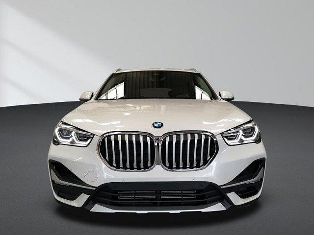 BMW X1 - xDrive20i AHK xLine Business Parkassistent