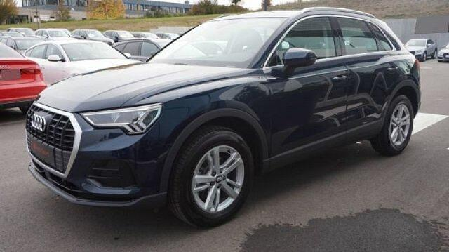 Audi Q3 - 35 TDI quattro 6-Gang LED/AHK/Virtual/Navi