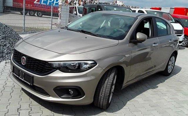 Fiat - ANDERE Tipo HB 1.4 Pop 95PS PDC/SHZ/Klima/Nebel 70 kW ...