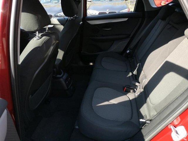 BMW 2er Active Tourer - 216d Service inkl. Navi LED PDC Sitzheizung Tempomat