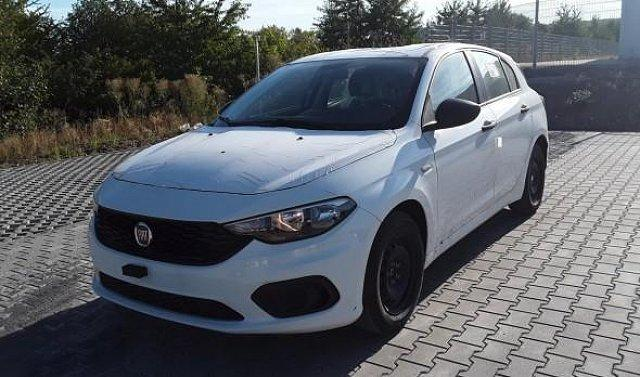 Fiat - ANDERE Tipo HB Pop 1.4 95PS Klima/PDC 70 kW (95 PS), S...