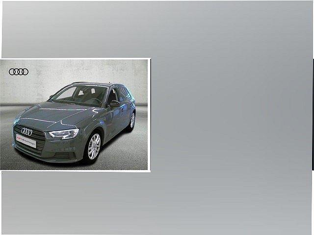 Audi A3 - Sportback 30 TFSI Sport Xenon Plus Navi