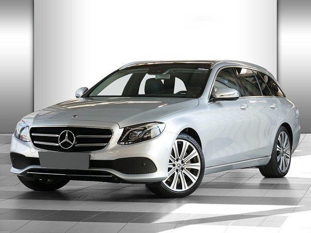 Mercedes-Benz E-Klasse - E 200 T Avantgarde AHK Comand Pano Multibeam Kam