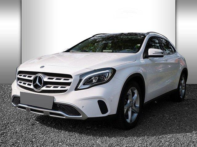 Mercedes-Benz GLA - 180 Urban Pano LED Navi SHZ PTS Bluetooth