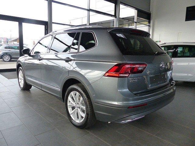 Volkswagen Tiguan - 1.5TSI Allspace ACC Lane NAVI App 7-Sitz LED 18'' Kamera Easy Open Parklenk DSG uvm
