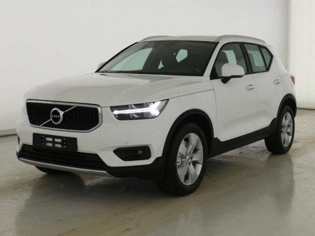 Volvo XC40 - XC 40 D4 AWD Geartronic Momentum Pro RFC Wi-Pa