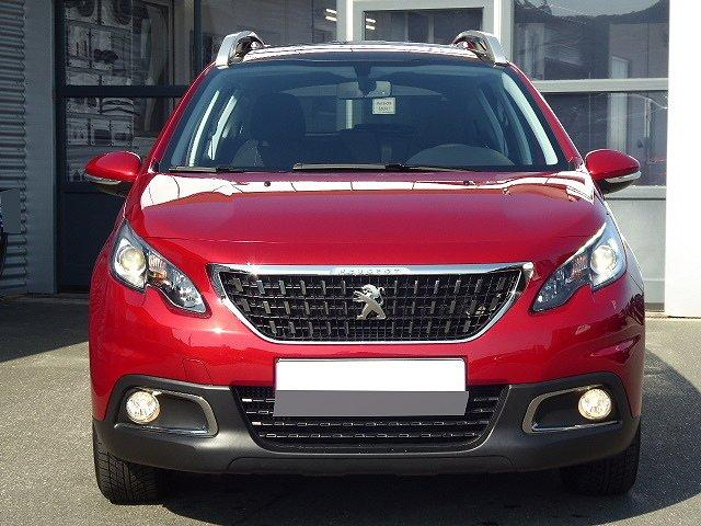 Peugeot 2008 - ACTIVE PureTech EAT6 +PANORAMA+PDC+BLUETOOT
