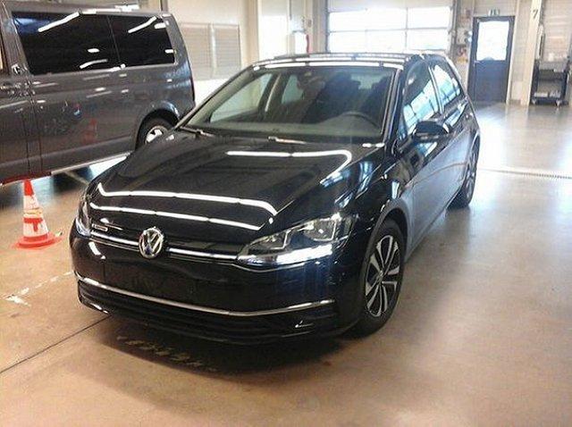 Volkswagen Golf - VII 1.5 TSI IQ.Drive ACC Standhzg. Kamera