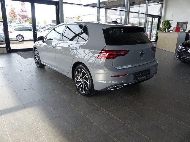 Volkswagen Golf - 8 VIII 2.0TDI DSG SOFORT Pano Navi IQ.Light Matrix-LED ErgoSitz uvm