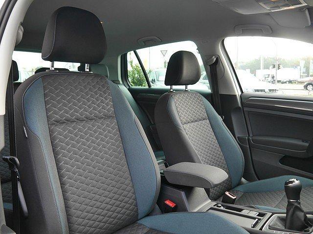 Volkswagen Golf - VII 1.5 TSI IQ.Drive Navi Standhzg.