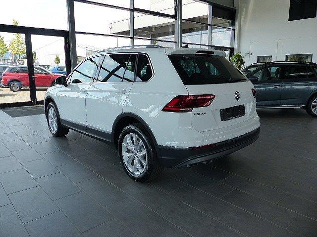 Volkswagen Tiguan - 2.0TDI Highline 4Motion Pano SOFORT ACC Virtuel LED Navi EasyOpen