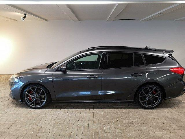 Ford Focus Turnier - ST NAVI / AHK TECHNOLOGIE-PAKET PERFORMANCE