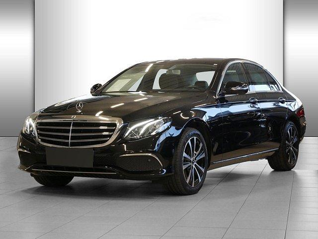 Mercedes-Benz E-Klasse - E 220 d Exclusive Pano Standhz. AHK 18