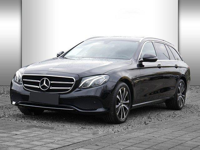 Mercedes-Benz E-Klasse - E 300 de T Avantgarde AHK LED Navi Kamera Totw.