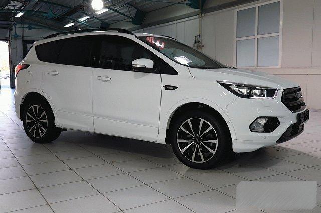 Ford Kuga - 2,0 TDCI AUTO. 4X4 ST-LINE NAVI XENON WINTER PANO P-ASSIST KAMERA