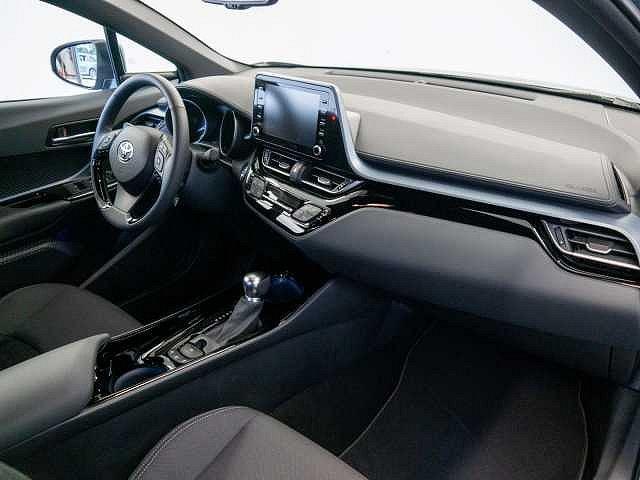 Toyota C-HR - 1.8 Hybrid 4x2 Team Deutschland Navigation
