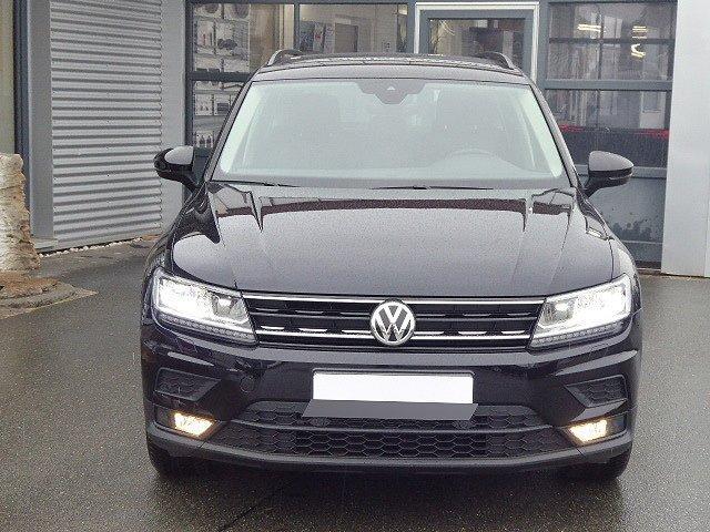 Volkswagen Tiguan - Comfortline TSI +18 ZOLL+AHK+ACC+LED+KAME
