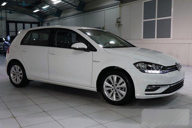 Volkswagen Golf - VII 1,5 TSI ACT BMT OPF COMFORTLINE NAVI KAMERA LM16