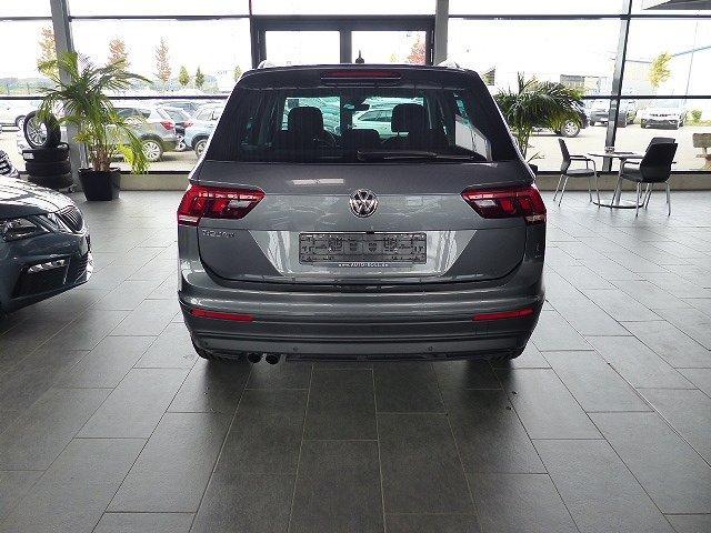 Volkswagen Tiguan - 1.5TSI NAVI LED Pano ACC Kamera 18'' Easy Open PDC v+h DSG Sitzh. uvm