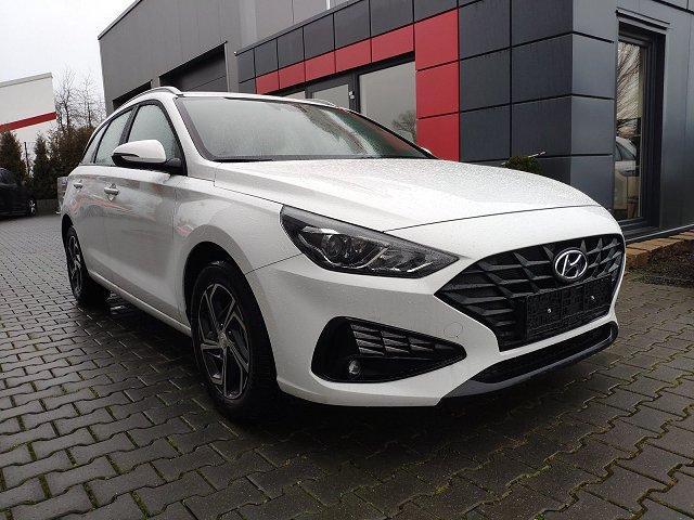 Hyundai i30 Kombi - SW 1.6 CRDi AT n. Modell! LED*Cam*Nav