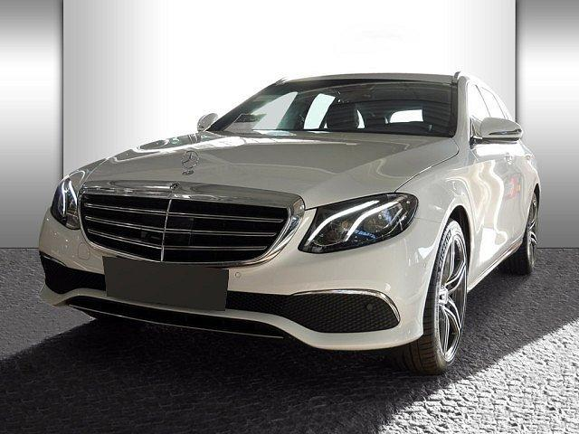 Mercedes-Benz E-Klasse - E 350 d T Exclusive AHK Distr Burmester Com LED