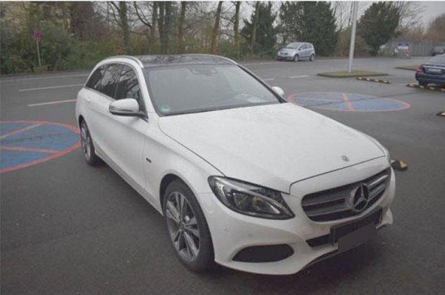 Mercedes-Benz C-Klasse - C 350 e T Avantgarde AHK HUD Pano Kamera Navi LE
