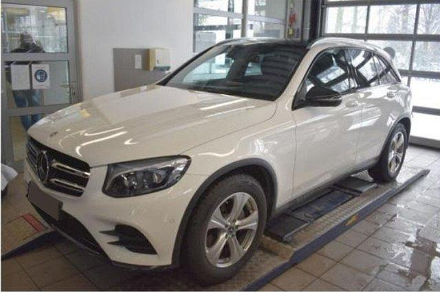 Mercedes-Benz GLC - 300 4M AMG Line AHK Distronic+ Pano Comand K