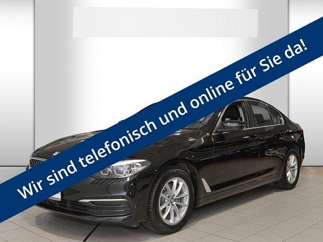 BMW 5er - 520 i*Park-Assistent*LED*Navi*Keyless*Kurvenlicht* Rückfahrkam.*PDCv+h