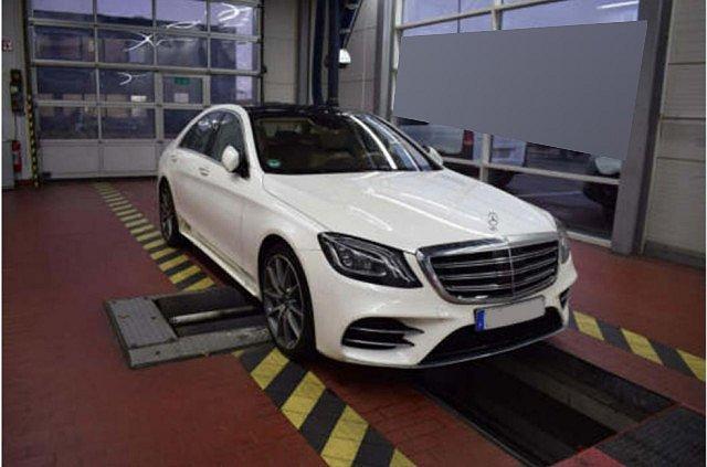 Mercedes-Benz S 560 - 4M AMG Line Distr Pano Multibeam Burm HUD
