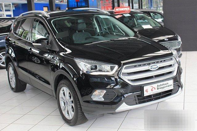 Ford Kuga - 1,5 ECOBOOST AUTO. 2X4 TITANIUM NAVI XENON WINTER P-ASSIST KAMERA