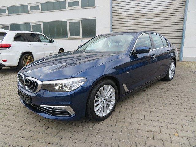 BMW 5er - 540 i Luxury Line*Harman/Kardon*Navi*Glasdach*