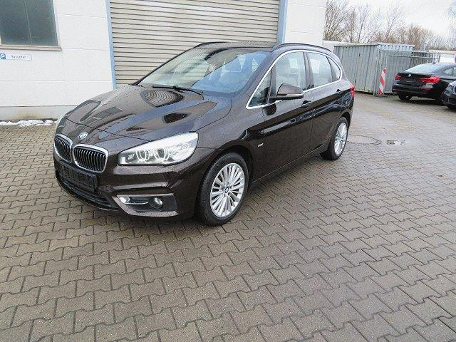 BMW 2er Active Tourer - 218 d Luxury Line*Navi*HeadUp*Pano