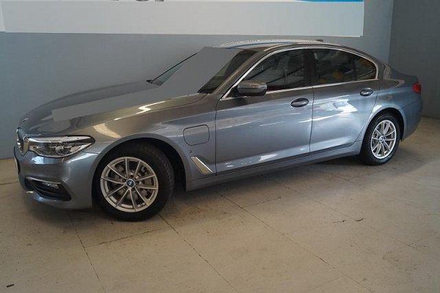 BMW 5er - 530e iPerformance Aut. Navi ACC LED Kamera Sportsitze PDC