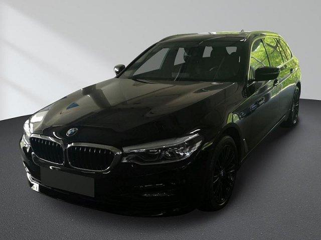 BMW 5er - 520d xDrive Touring Sport Line Navi, Panorama, AHK, Service neu gemacht