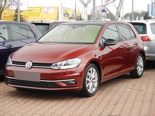 Volkswagen Golf - VII 1.5 TSI DSG IQ.Drive R line ACC 17 Zoll P