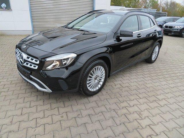 Mercedes-Benz GLA - 180 Style*Parkassist*Navi*Tempomat*