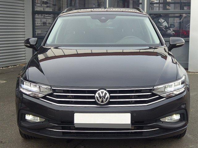 Volkswagen Passat Variant - Business TSI DSG +17 ZOLL+APP+DAB