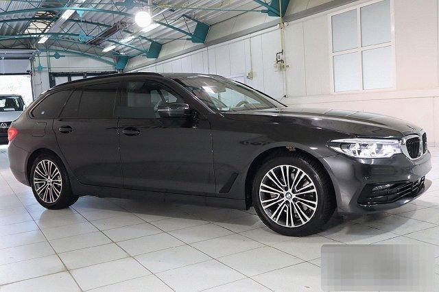 BMW 5er Touring - 520I AUTO. SPORT LINE NAVI LED PANO HEAD-UP LM18