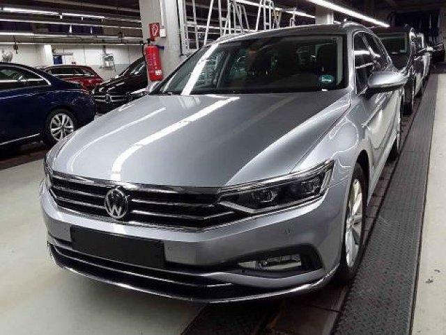 Volkswagen Passat Alltrack - Variant 2.0 TDI DSG Elegance AHK/Navi
