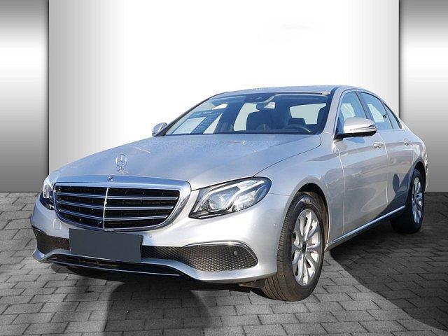 Mercedes-Benz E-Klasse - E 220 d Exclusive PTS KAMERA NAVI LED 1,99 EFF*