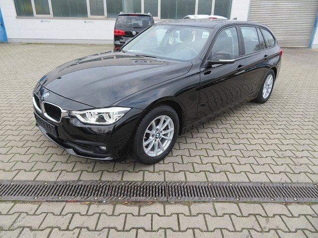 BMW 3er Touring - 320 d Efficient Dynamics Sportsitze*Navi*