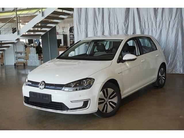 Volkswagen Golf - -e LED Navi Fernlichtass Tempomat SHZ 2xPDC