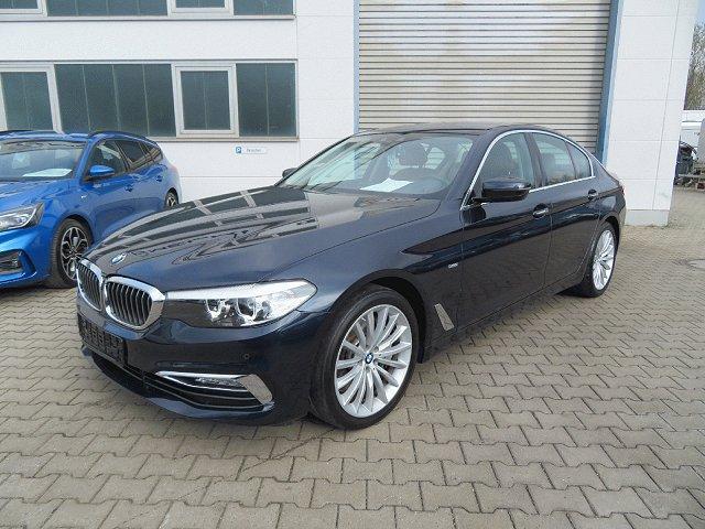 BMW 5er - 540 i Luxury Line*Navi*Leder*Kamera*LED*